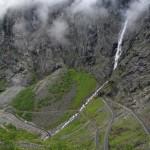 Serpentinen des berühmten Trollstigen