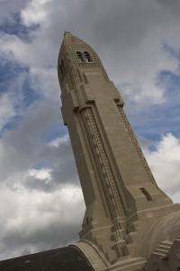 Turm des Beinhauses von Douaumont
