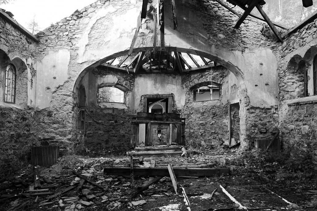 Eine kleine Kapelle - dem Verfall preisgegeben