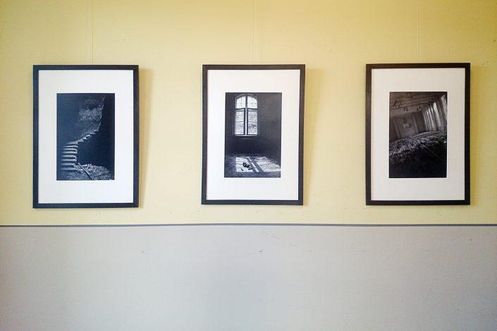 """Eindrücke von der Ausstellung """"Ein letzter Augenblick"""" in der Bibliothek in Leipzig-Plagwitz"""